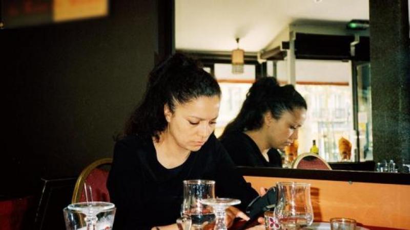 Au café avec Houria Bouteldja