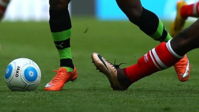 Le football, une peste émotionnelle. La barbarie des stades