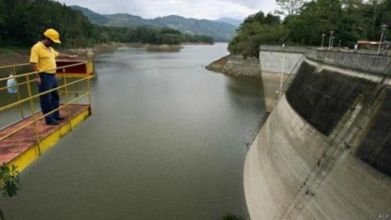 EJEMPLO LATINOAMERICANO: COSTA RICA PRODUCE TODA SU ELECTRICIDAD DE MANERA LIMPIA
