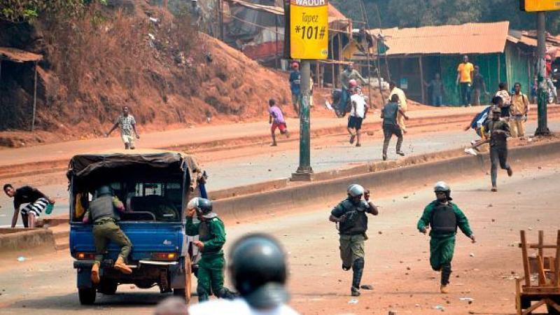En Guinée, la police tire à balles réelles sur les manifestants