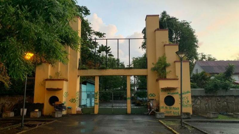 Porte du Tricentenaire : le maire de Fort-d'Afrique pris dans une double contrainte