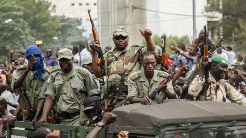 Mali : un coup d'état en trompe l'œil ?