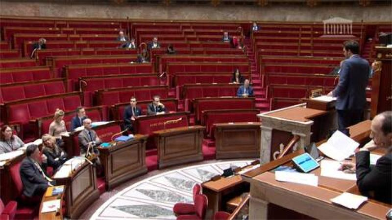 LANGUES REGIONALES : MASCARADE A L'ASSEMBLEE NATIONALE FRANCAISE