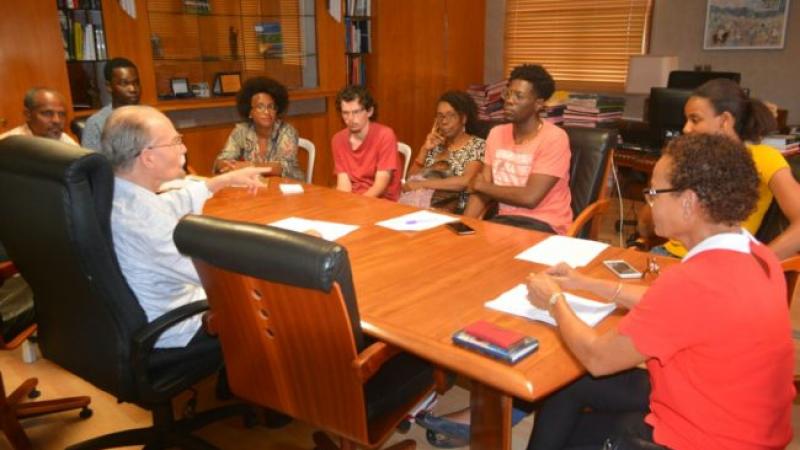 Alfred Marie-Jeanne, président de la Collectivité Territoriale de Martinique, apporte son soutien au Collectif des Etudiants du campus de Schoelcher