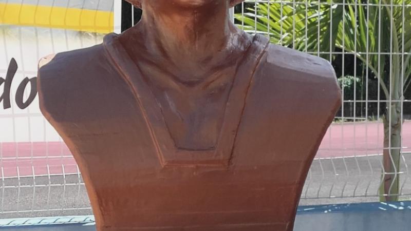Inauguration du buste de Sylviane TELCHID