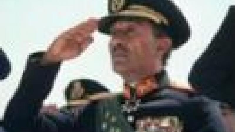 SHEHATA, ÉLECTRICIEN ÉGYPTIEN : « ET ALORS ? SADATE AUSSI ÉTAIT NOIR ! »