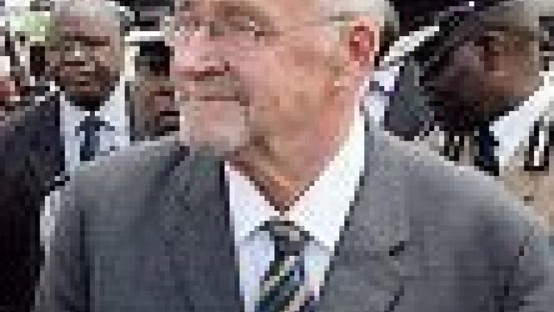 GUY SCOTT, LE FILS D'IMMIGRE BRITANNIQUE DEVENU VICE-PRESIDENT
