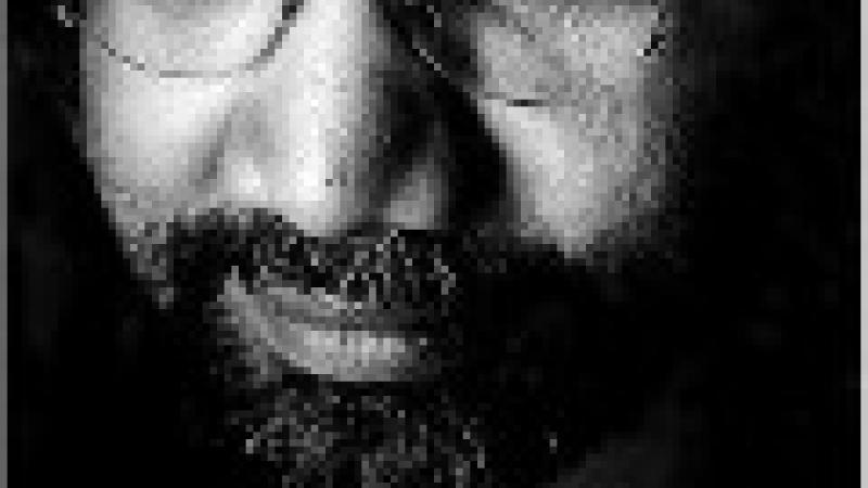 « BATIR SUR DES BRUMES DE MEMOIRES ». RAPHAËL CONFIANT ET PATRICK CHAMOISEAU MYTHOGRAPHES DE LA CREOLITE