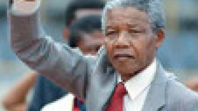 MANDELA : «C'EST L'ALGERIE QUI A FAIT DE MOI UN HOMME »