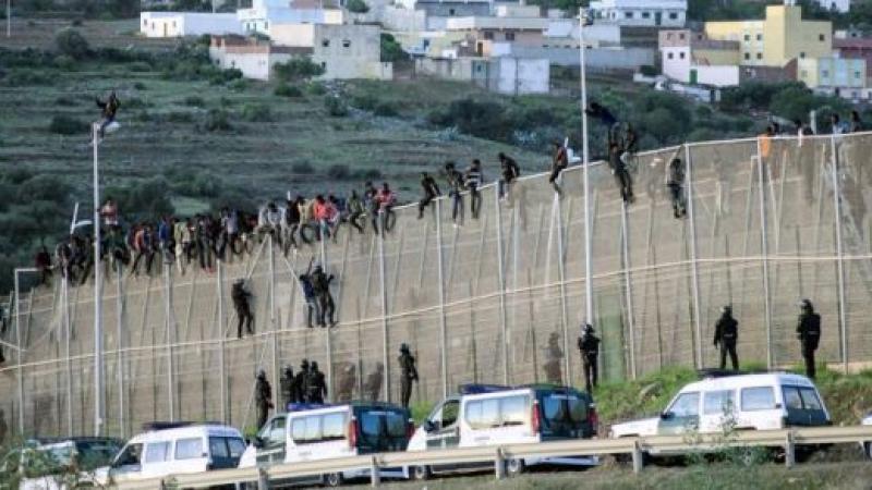 Immigration africaine en Europe : se battre à mort… pour la vie