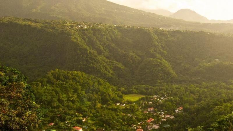 La Dominique devient le premier pays à interdire les objets en plastique à usage unique