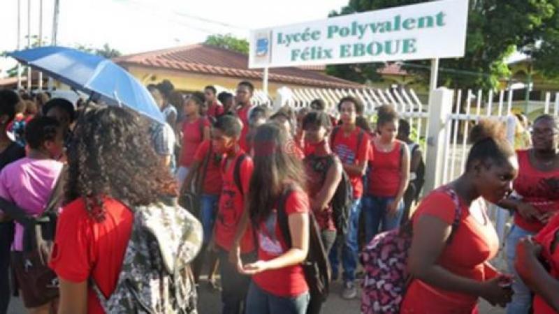 Le SNUEP FSU Guyane se bat  pour le salaire des Professeurs non titulaires