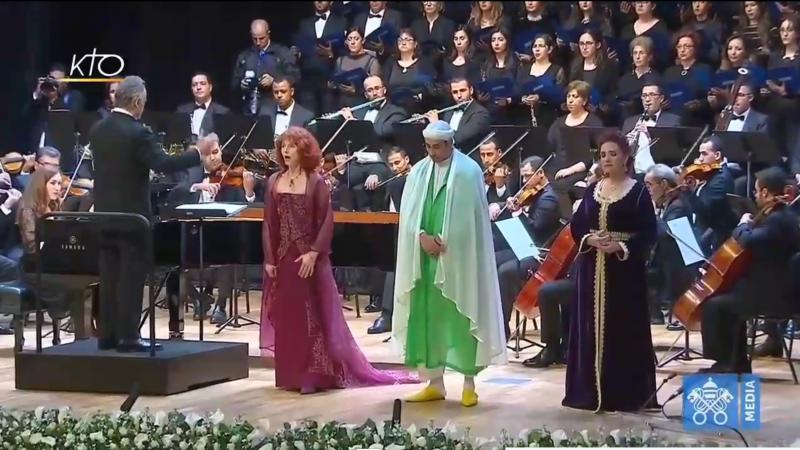 """""""Allahu Akbar"""", """"Adonaï"""" et """"Ave Maria"""" à l'unisson devant Sa majesté le Roi Mohammed VI et le Pape François"""
