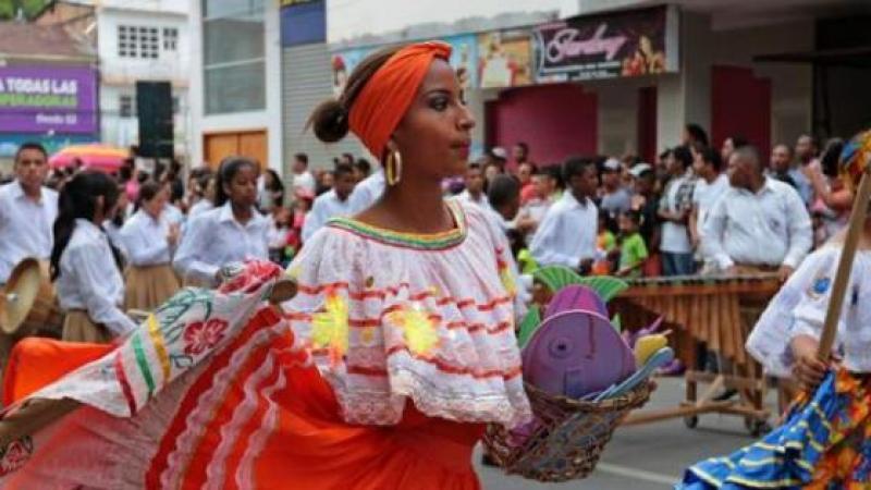 LA MUSICA DE MARIMBA DEL PUEBLO NEGRO DE ECUADOR, DECLARADA PATRIMONIO INMATERIAL DE LA HUMANIDAD POR LA UNESCO