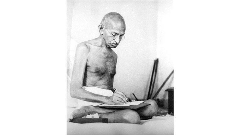 Quand Mahatma Gandhi écrivait à son « cher ami »... Adolf Hitler
