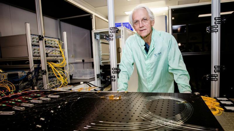 Réduire l'activité des déchets nucléaires d'un million d'années à 30 minutes, le prix Nobel de physique y croit