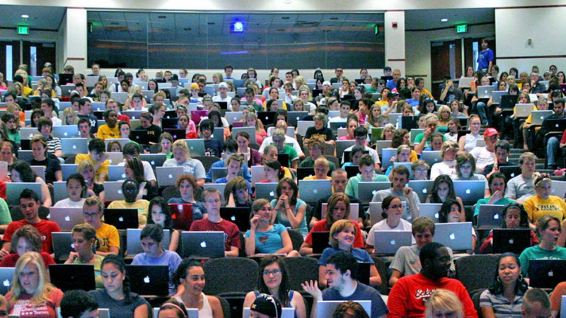 Evidence mounts that laptops are terrible for students at lectures