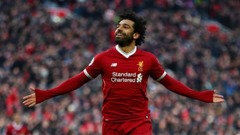 """""""Salah est un poseur de bombes"""": le chant raciste de supporters anglais scandalise le monde du football"""