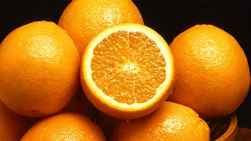 """Color or Fruit? On the Unlikely Etymology of """"Orange"""""""