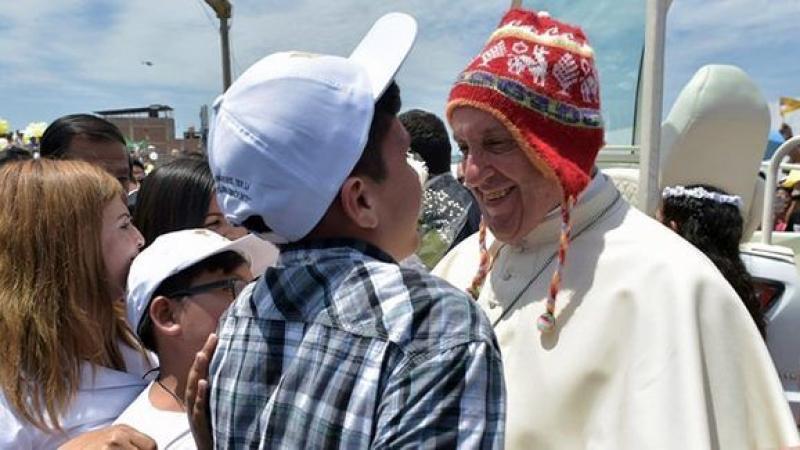 """Pérou : le Pape François dénonce la corruption comme """"un virus social"""" en Amérique latine"""