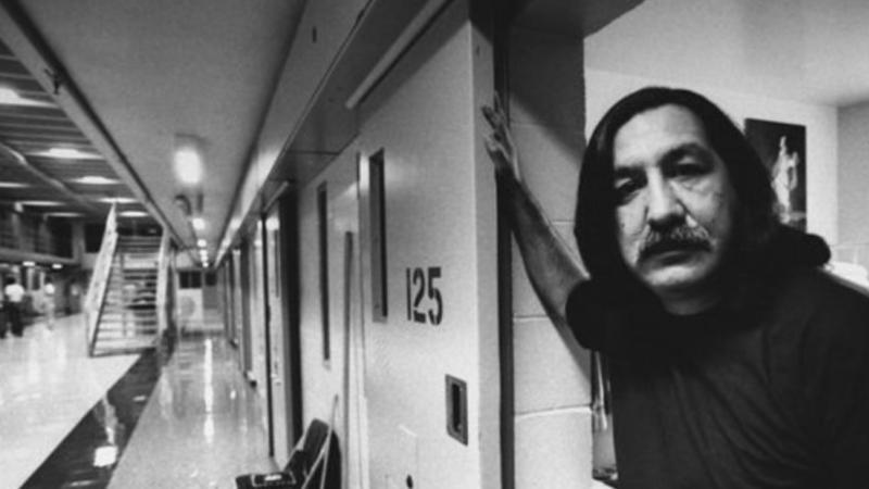 El Mandela sioux  El preso político más antiguo de América es un indio sioux: 43 años tras las rejas