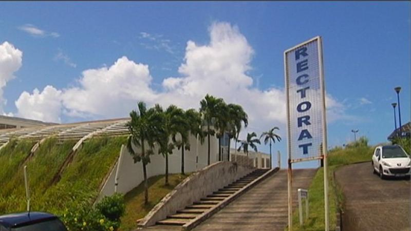 COLLEGES ET LYCEES DE LA MARTINIQUE : MASSACRE A LA TRONCONNEUSE