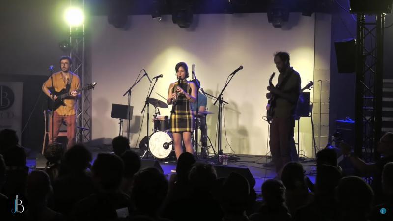 « Moun Damou » des Shleu-Shleu interprété par des musiciens français