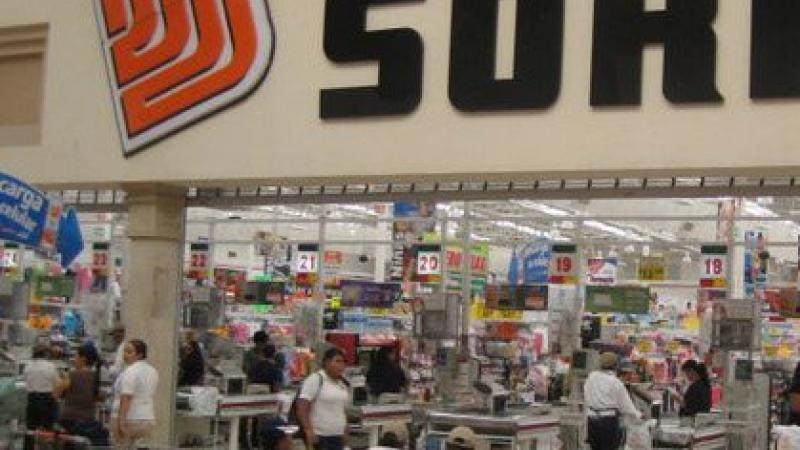 Conflictos magisteriales impactan a 15 tiendas Soriana en Oaxaca