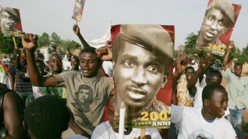 BURKINA FASO : L'ENQUETE SUR LA MORT DE THOMAS SANKARA PERTURBEE PAR LE COUP D'ETAT