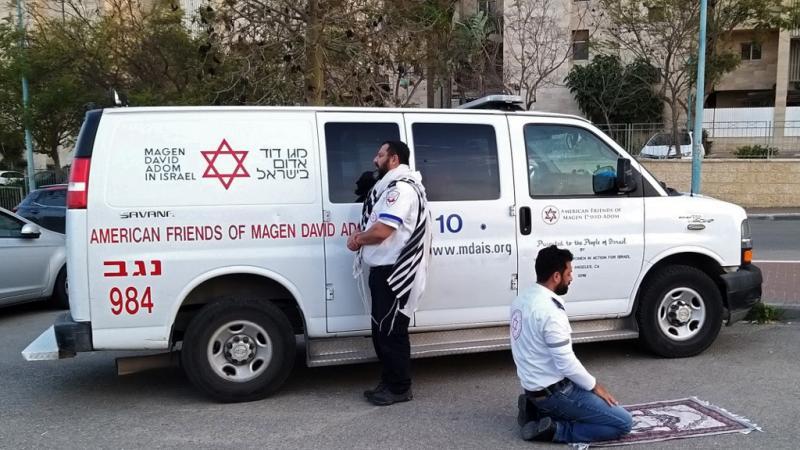 « C'est de l'enfumage ! » : Israël célèbre ses médecins palestiniens mais néglige les zones arabes face au coronavirus