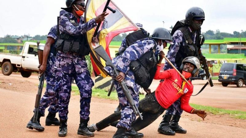 Ouganda : 7 morts lors des manifestations contre l'arrestation de Bobi Wine