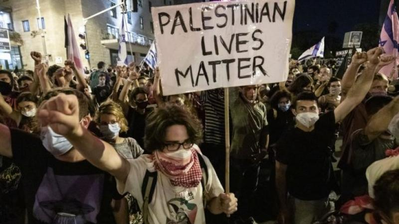 Thousands of Israelis keep up protests against Netanyahu