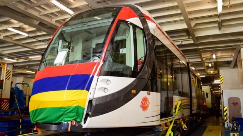 "Metro Express: L'île Maurice a accueilli son premier train baptisé ""Mauricio"""