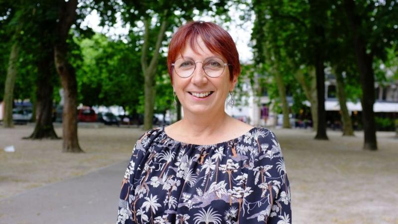 Besançon : la nouvelle maire écologiste Anne Vignot réduit son indemnité et va réduire les plafonds de certains salaires