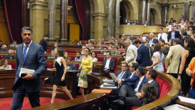 El Parlament aprova el procés de desconnexió amb Espanya