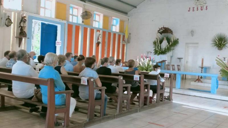 Apartheid à l'église de Tartane ? le curé dénonce une fake-news