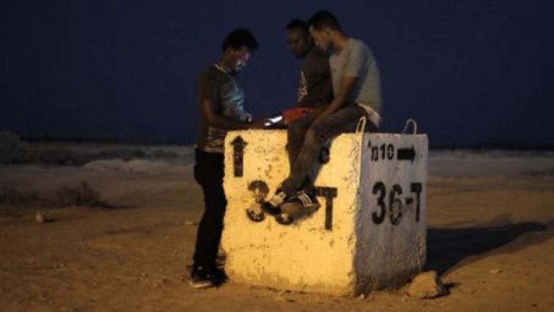 Les migrants africains en Israël contraints de s'exiler pour éviter la prison