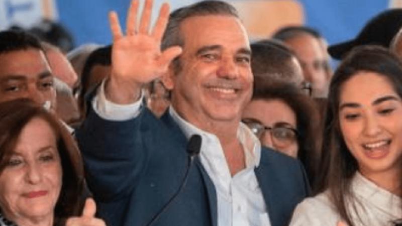 Présidentielles dominicaines : Abinader se déclare vainqueur et reçoit les félicitations de ses rivaux et du président Medina