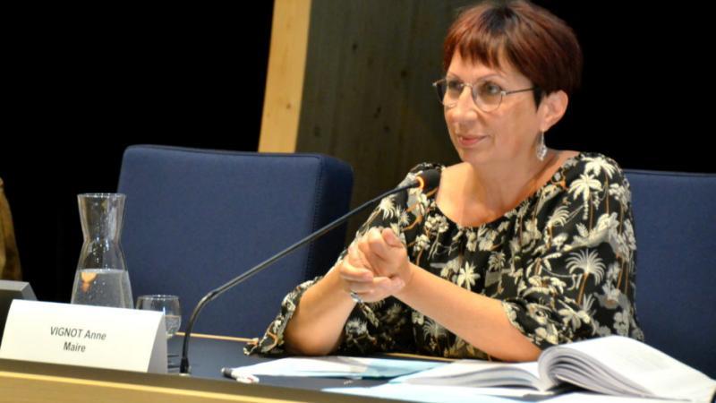 Anne Vignot décide de réduire son indemnité de maire de 1.000 €