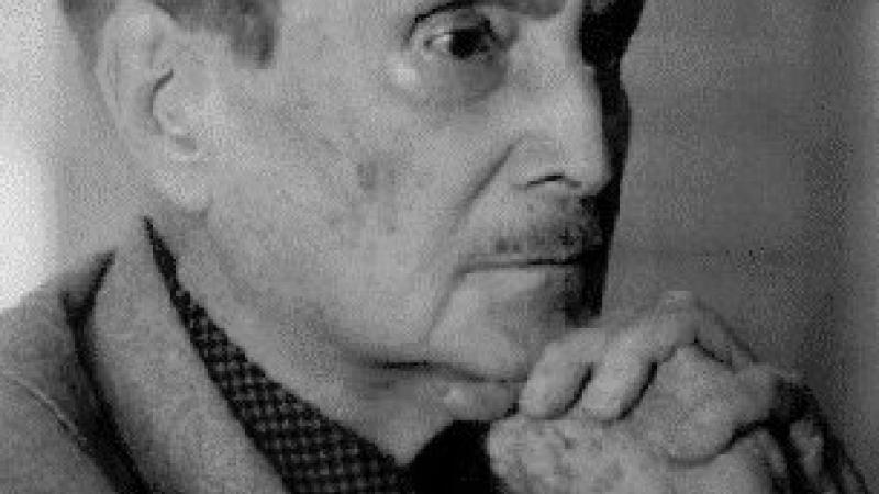 SAINT-JOHN PERSE OU L'ANTIQUE PHRASE HUMAINE