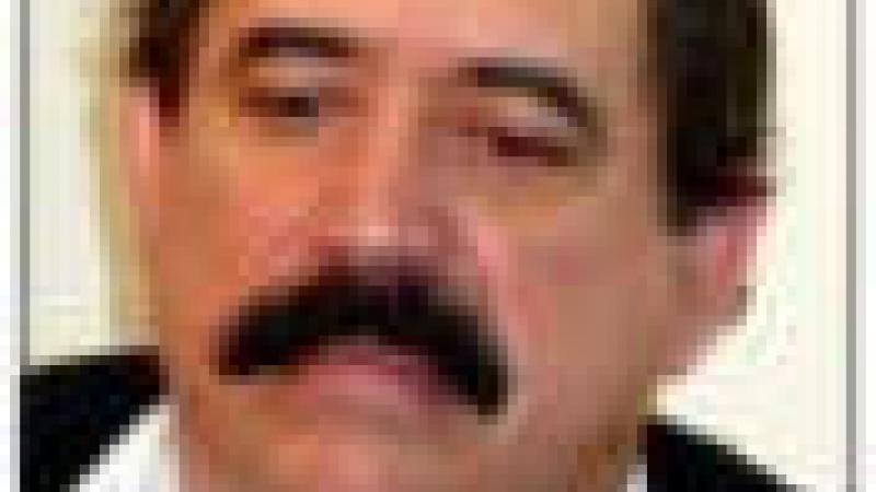 MANUEL ZELAYA PRESIDENT CONSTITUTIONNEL DU HONDURAS SEQUESTRE PAR L'ARMEE !