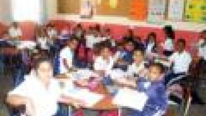 «KREOL» DANS LES ÉCOLES : PLANCHE DE SALUT