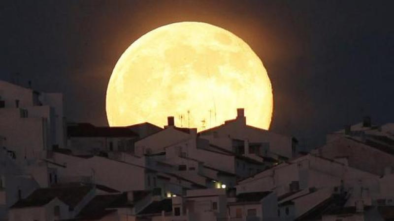 Super lune de la mi-novembre ou la question de Dieu