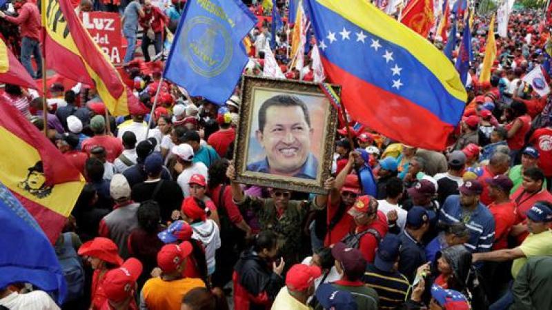 """IDENTIFICAN EL """"ARMA"""" CON LA QUE INDUJERON CANCER A HUGO CHAVEZ. #CUBA #LAPATRIASEDEFIENDE"""
