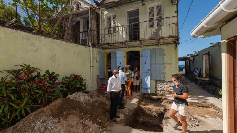 Saint-Pierre : visite du chantier du CIAP
