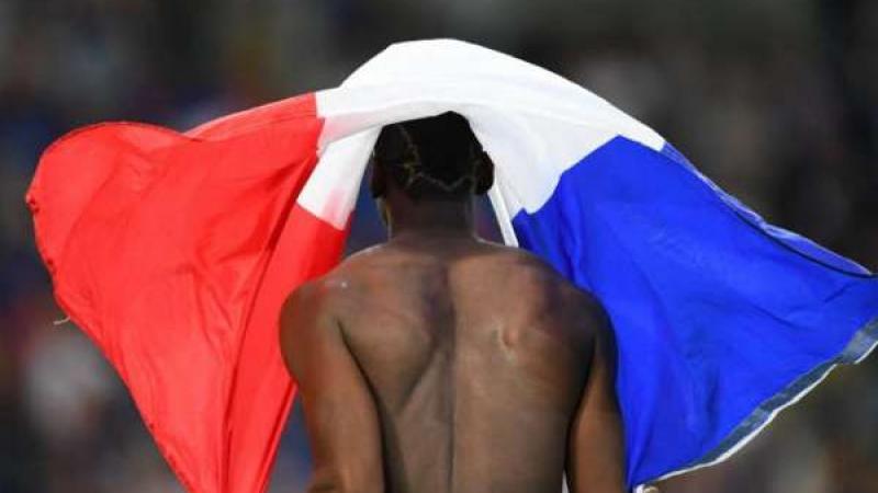 Qu'est-ce qu'un drapeau nationaliste ?