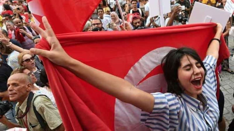 En Tunisie, Un Projet De Loi Pionnier Pour L'égalité Homme-Femme