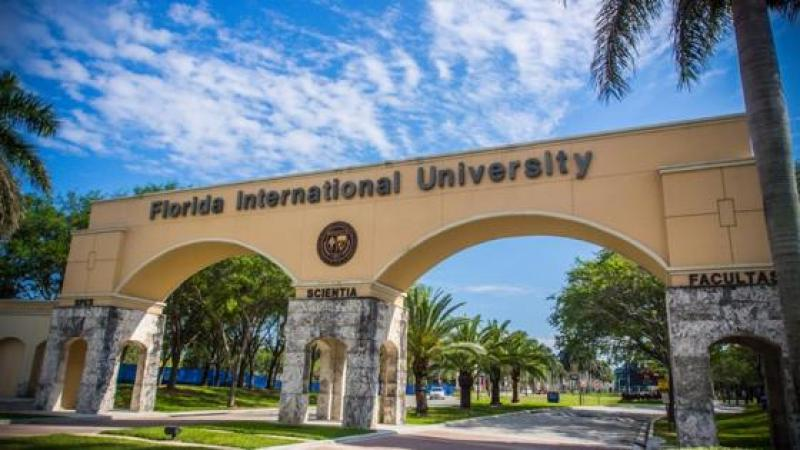 "FACULTY DEMAND FIU BECOME ""SANCTUARY CAMPUS"" FOR IMMIGRANTS"