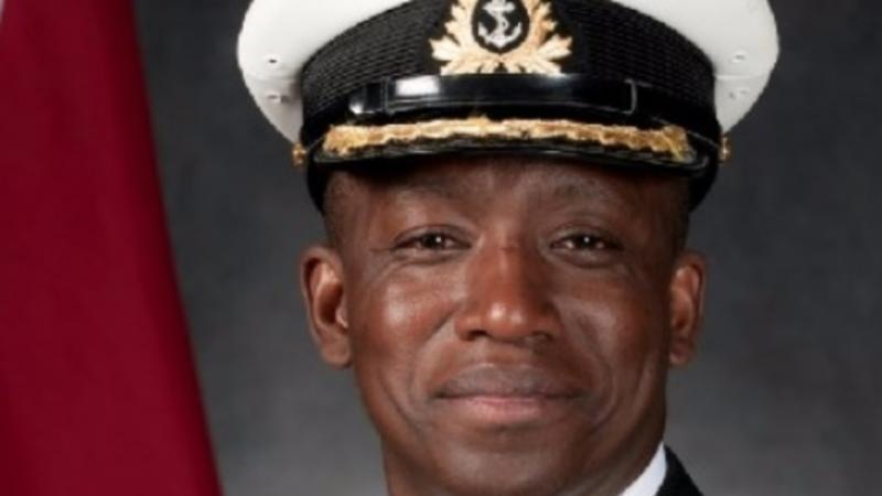 Un Jamaïcain Devient Le Premier Commandant De La Marine Noire Au Canada