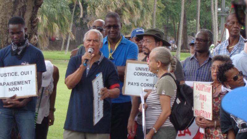Légitimité, légalité à l'Université des Antilles